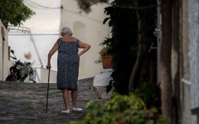 La Sténose Lombaire; une cause d'isolement chez les aînés
